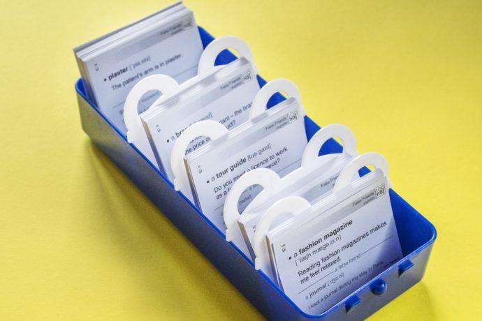 MEMOBOX TEDDY - plastikowe pudełko do nauki