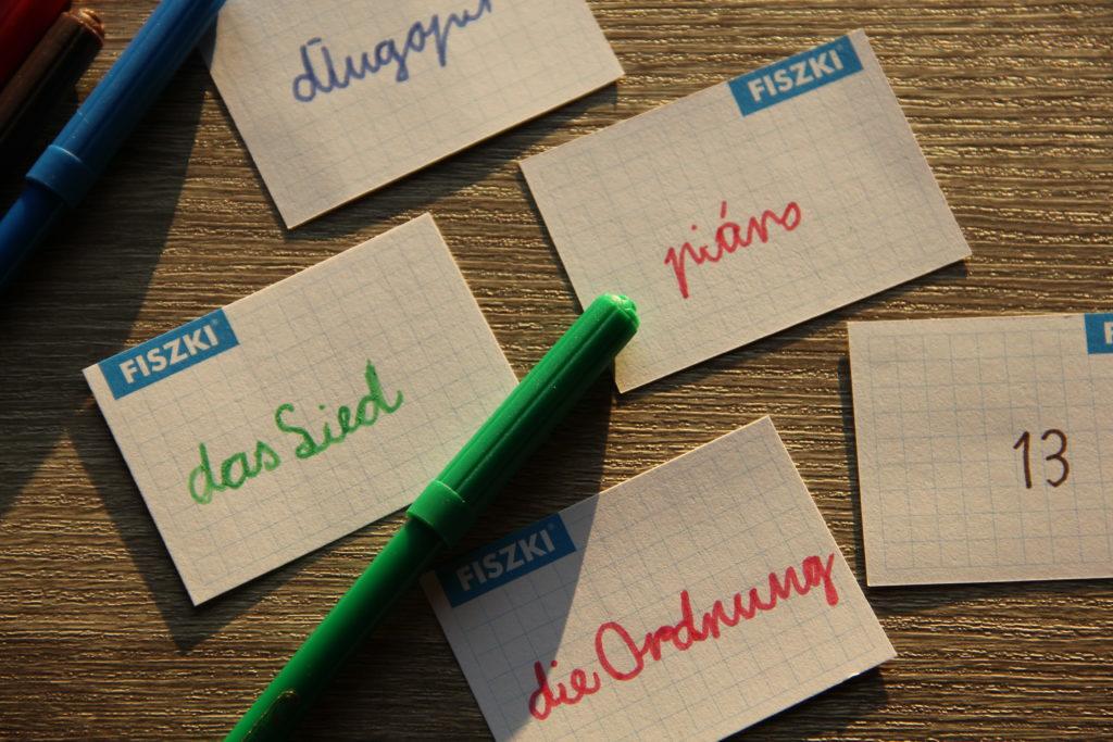 jak pomóc dziecku w nauce języka