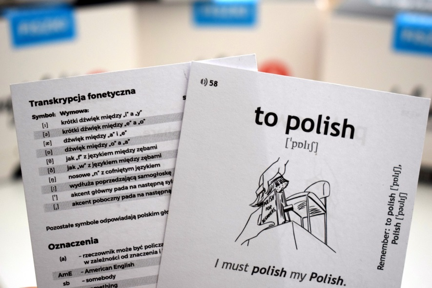 fiszka z angieslkim hasłem to polish i wykaz symboli transkrypcji fonetycznej